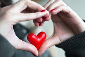 Klastingos ligos – vaikų širdutėse