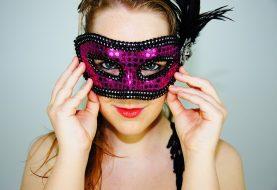 Laikas, kai moterų akys nustoja blizgėti: kaip sau padėti?