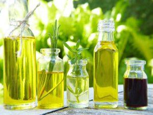 Natūralūs aliejai – nepelnytai užmiršta gražios odos paslaptis