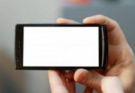Psichiatras: išmanieji telefonai suteikia galimybių, bet bukina vaikus