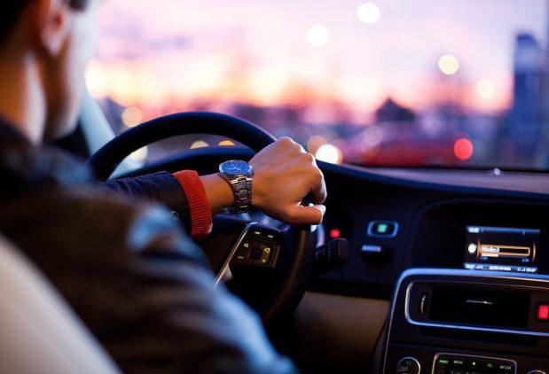 Kai kurie psichikos sveikatos sutrikimai nebebus kliūtimi vairuoti automobilį