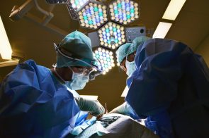 Vėžys gali tapti dažniausia mirties priežastimi. Kokios galimybės stabilizuoti mirtingumą?