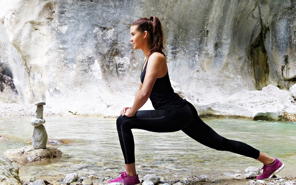 Ką turėti namų vaistinėlėje sportuojantiems ir gyvenantiems aktyvų gyvenimą žmonėms