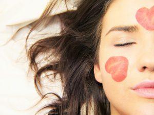 Aktyvūs ingredientai kosmetikoje – ką būtina žinoti prieš pradedant juos naudoti