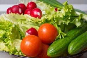 Raudonos ar žalios daržovės – kurias vertėtų rinktis dažniau?
